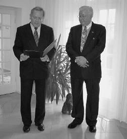 Foto Bob Fiore Bundesverdeinstkreuz Jan 21 2004